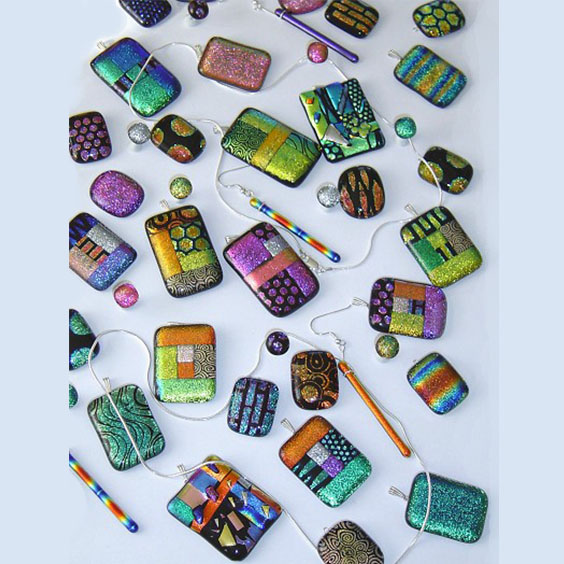 Fused-Glass-Pendants-and-Earings-1
